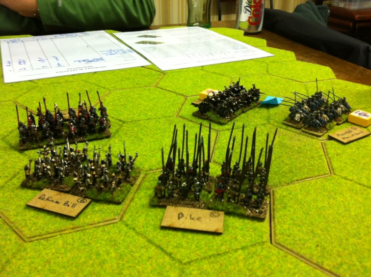 Richard Duke of York clashes with Clifford on the far right flank......