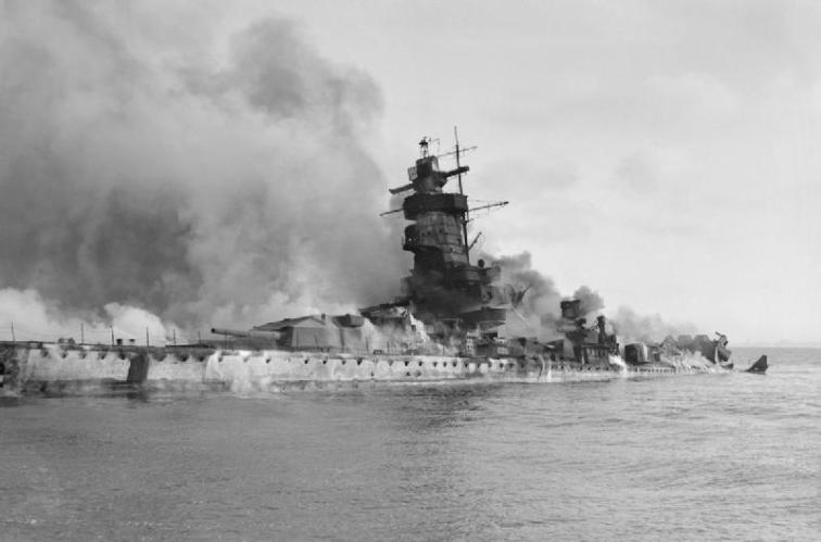 7:15am - The Graf Spee is scuttled.....